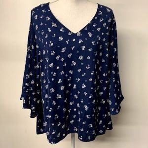 Lane Bryant Blue & White Floral Print Blouse